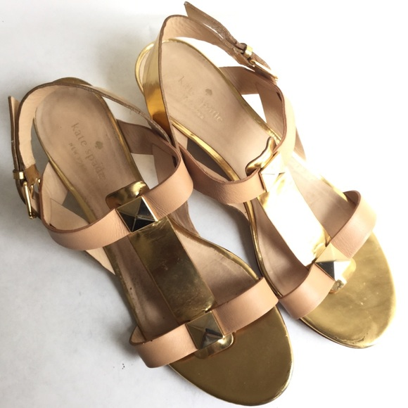 2c9155f1bc5d 89% off kate spade Shoes New York Gold Sandal